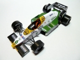 Williams FW 09B